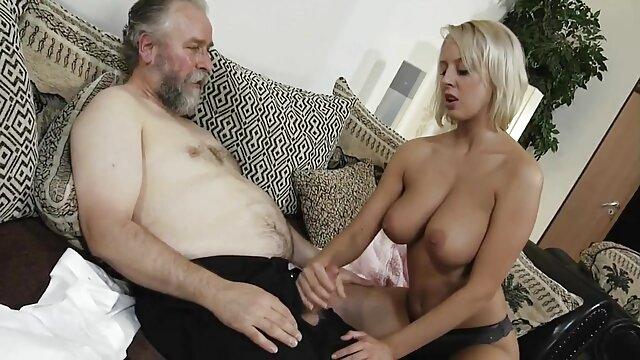 Kinky Bitches Janice United & Alisia Gangbed & DPD oleh Penis besar porn indo masturbasi